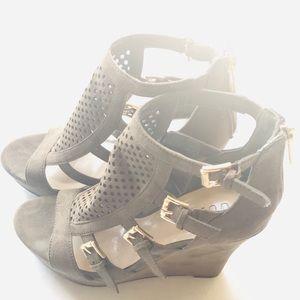 ⚜️Guess Women High Wedge Sandals